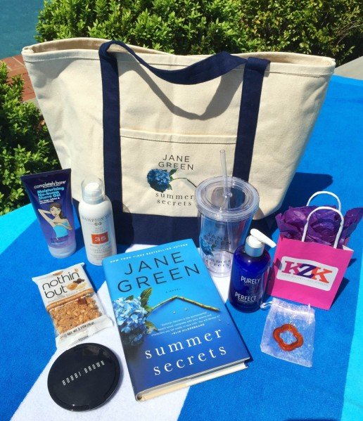 SummerSecretsBeachBag